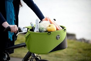 The Cocoon basket can be used as a grocery basket