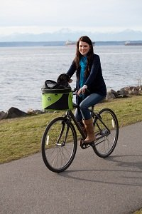 The Cocoon basket can be used as a bike basket, with additional connector