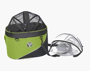 The Cocoon basket includes a mesh dome cover and rain cover