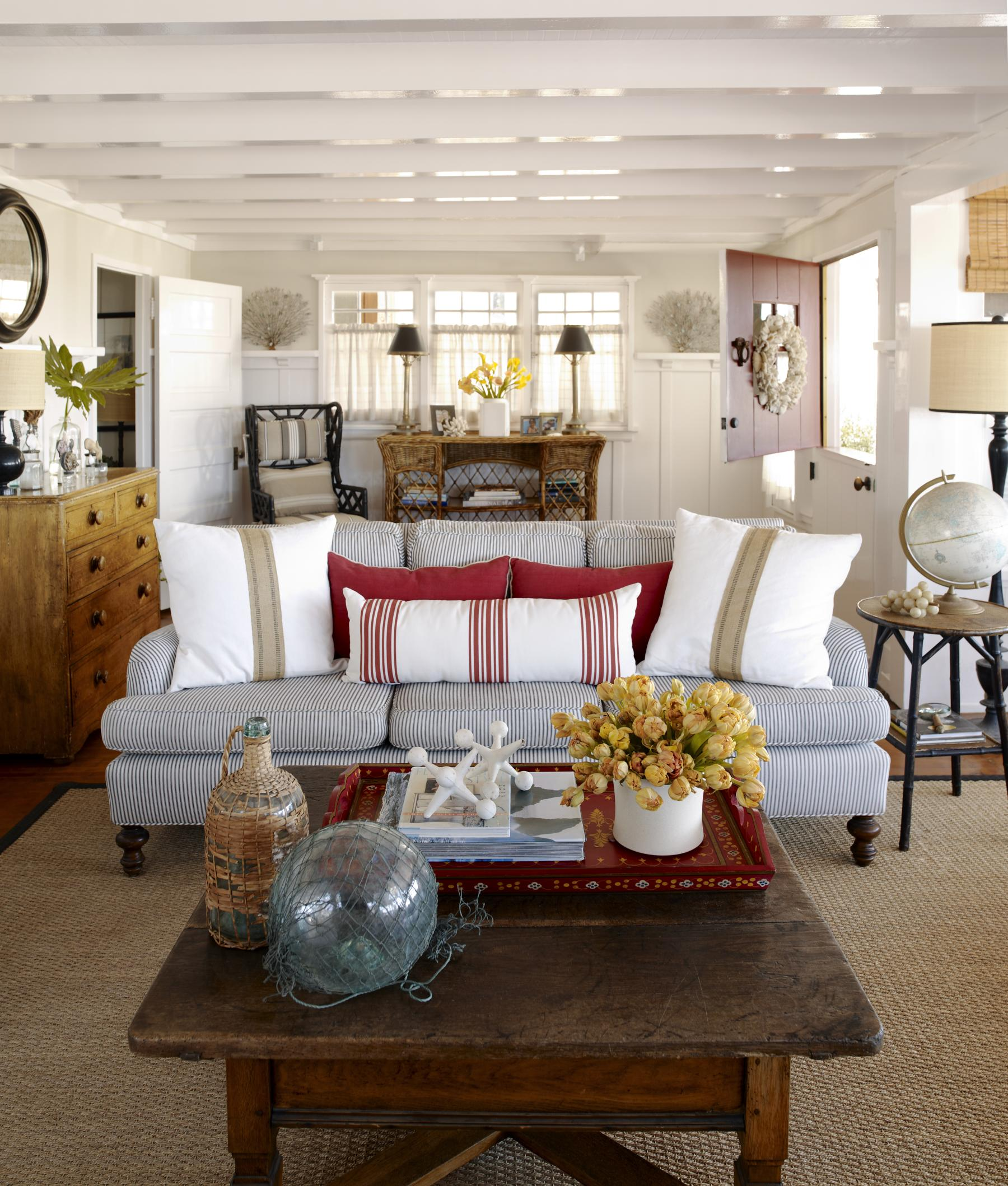 New Cottage Style: Decorating Ideas for Casual, Comfortable Living ...