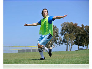 Nikon 1 J2 lets you freeeze the action of athletes