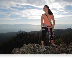 COOLPIX L610 photo of woman rock climber on peak
