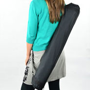 Carrying bag with handle