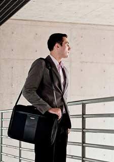 Versa Checkpoint Friendly Laptop Briefcase