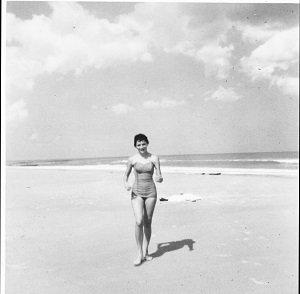 Under Magnolia A Southern Memoir Frances Mayes