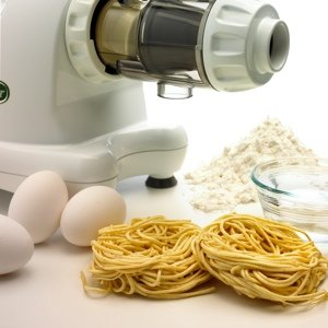 PASTA EXTRUDER Homemade spaghetti, linguini, or breadsticks can be extruded in just minutes with the included pasta nozzles.