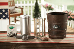 White Mountain Hand Cranked Ice Cream Maker