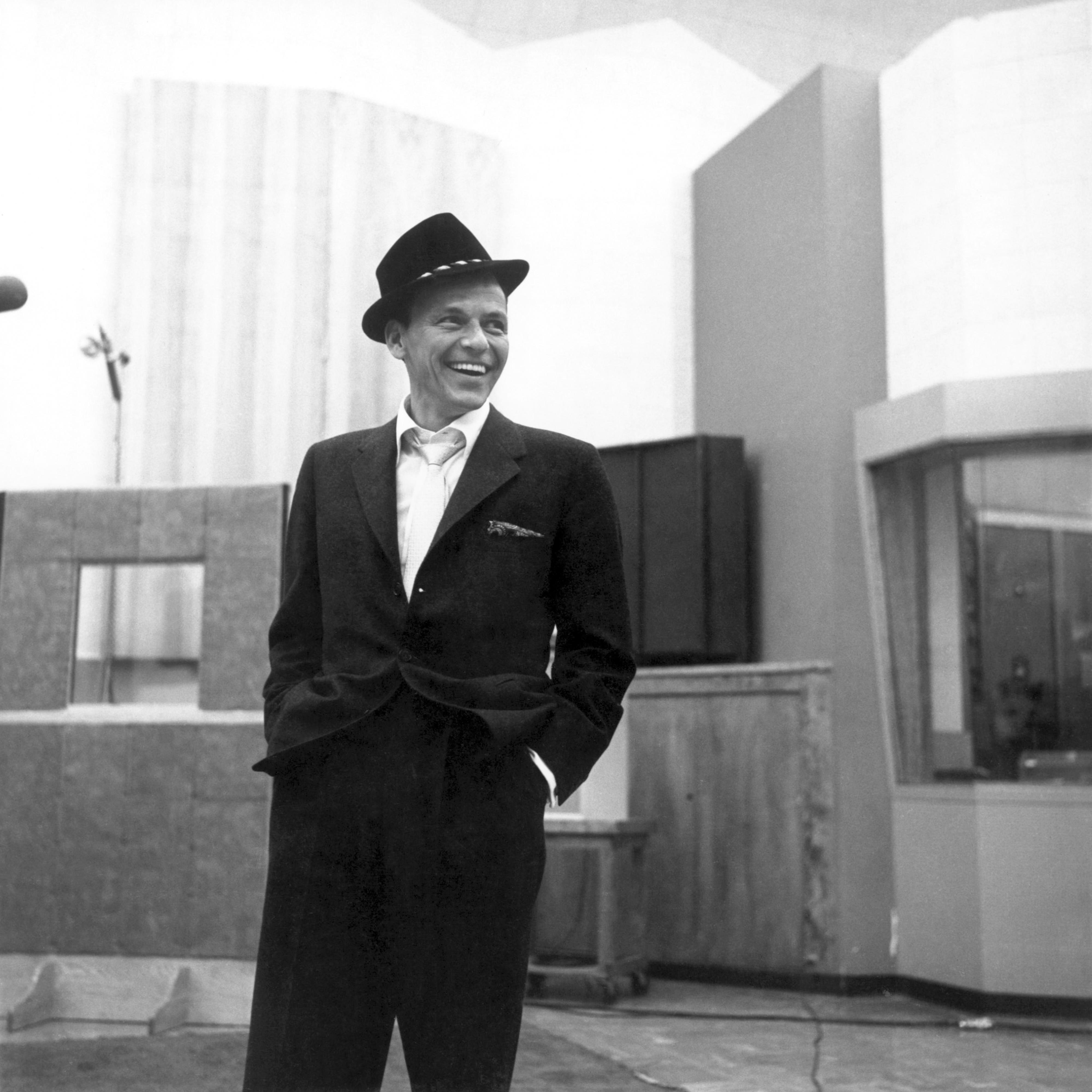 Frank Sinatra - Classic Duets - Amazon.com Music