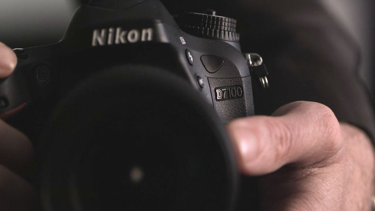 Nikon D7100 DSLR Camera by DPReview
