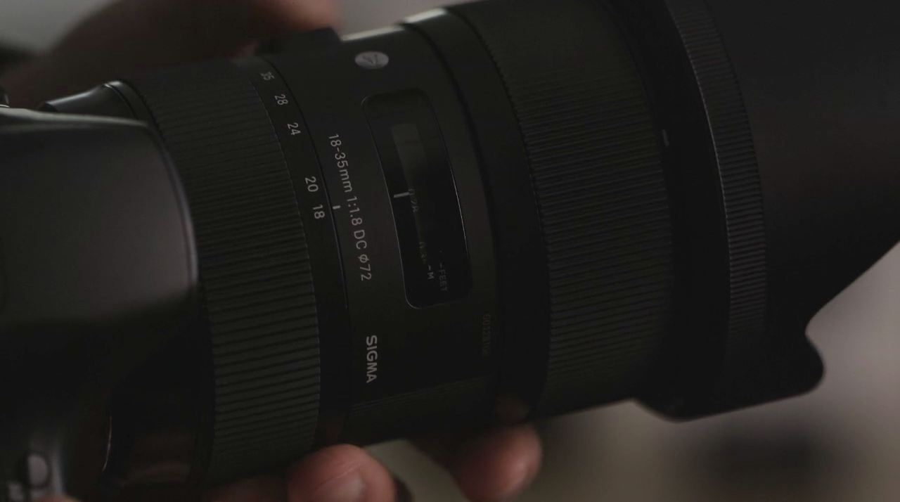 Sigma 18-35mm F1.8 DC HSM Lens by DPReview