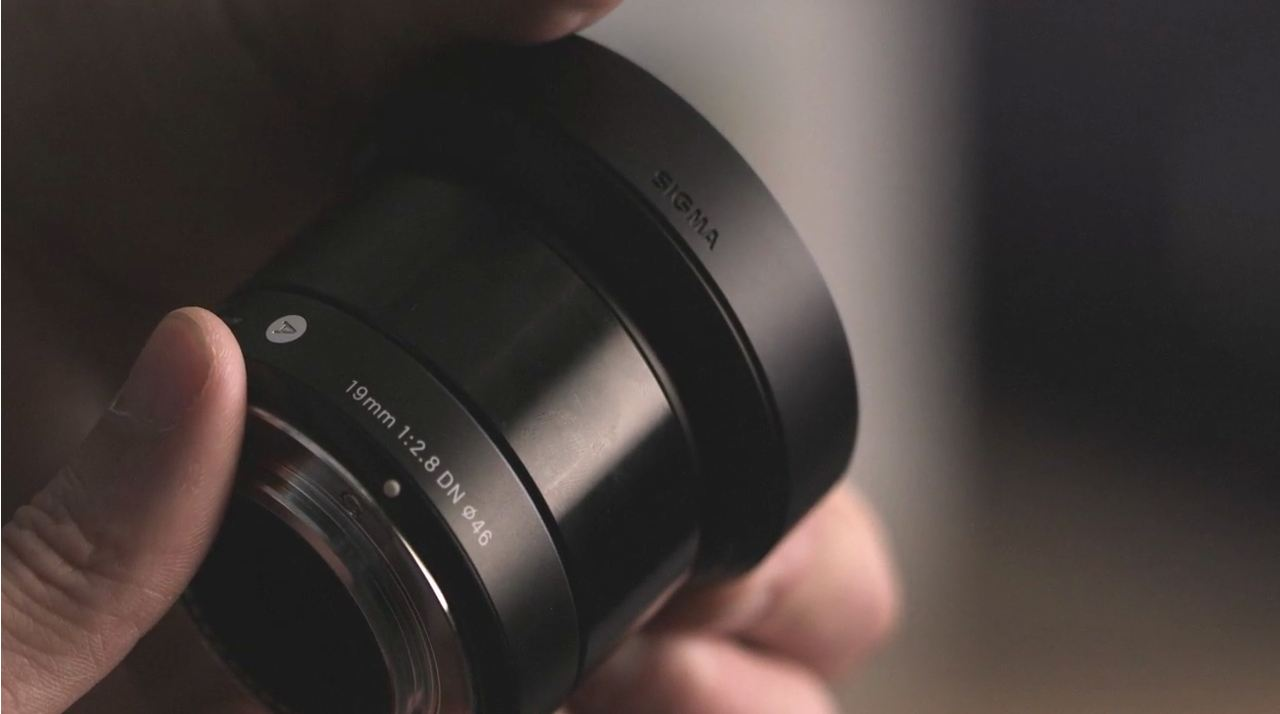 Sigma 19mm f/2.8 DN Lens by DPReview