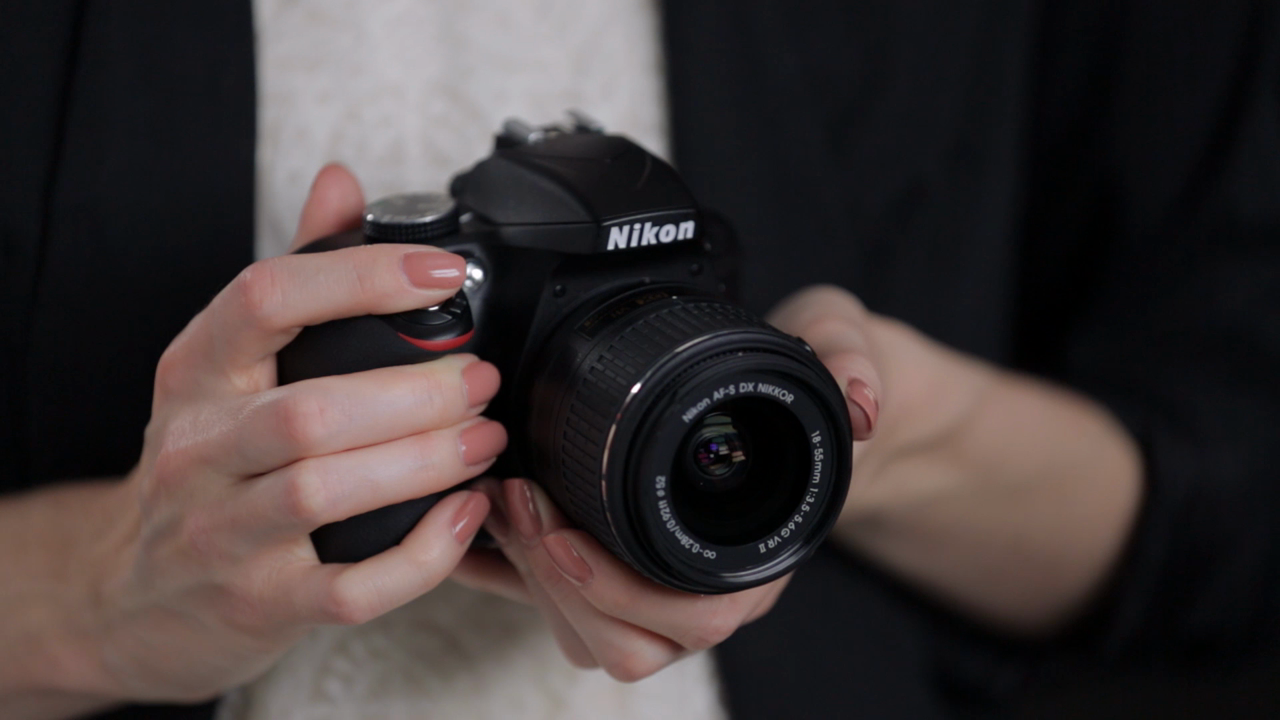 Nikon D3300 by DPReview