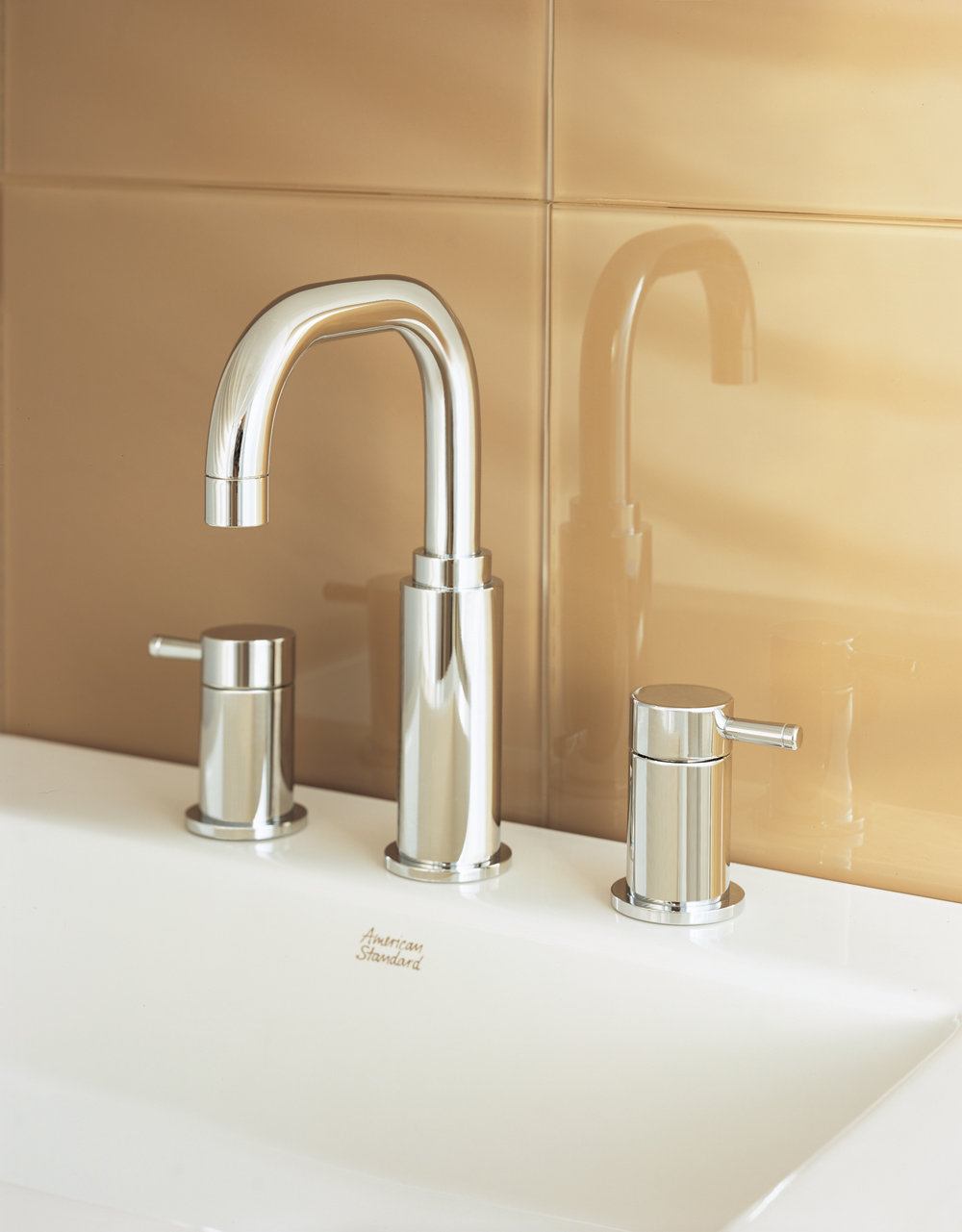 American Standard Serin Two Handle Widespread Lavatory Faucet Wi