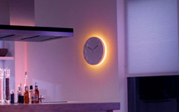 philips 259982 friends of hue personal wireless lighting lightstrip single. Black Bedroom Furniture Sets. Home Design Ideas