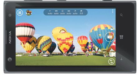 http://g-ec2.images-amazon.com/images/G/01/wireless/detail/htc-13q2-one-rear-slvr-sm._V371018491_.jpg