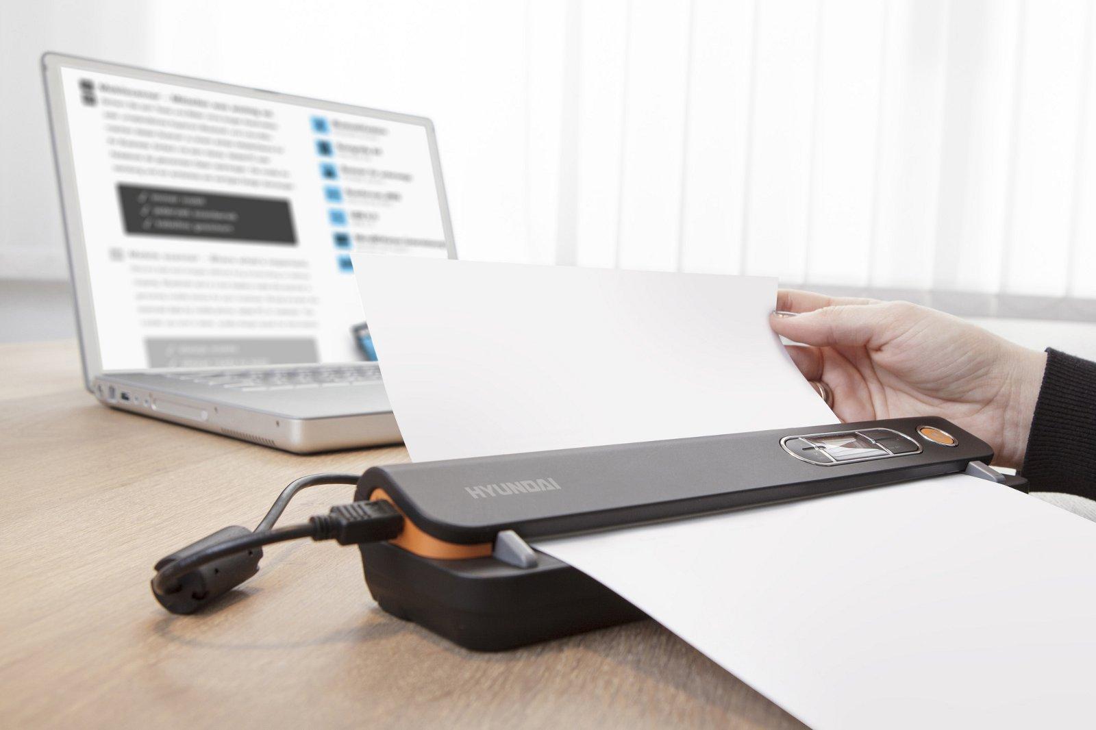 hyundai scan o meter portable scanner 600 300 dots per inch usb 2 0 black. Black Bedroom Furniture Sets. Home Design Ideas