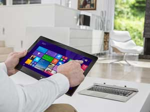 In either mode, the P30W offers you a responsive touchscreen experience - perfect for Windows 8.1.