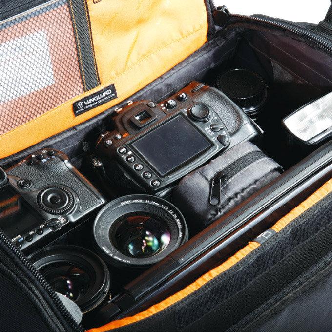 Vanguard Xcenior Series Shoulder Bag 8