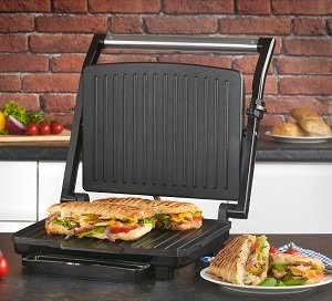 Sandwich press and grill
