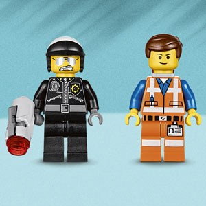 Includes two minifigures
