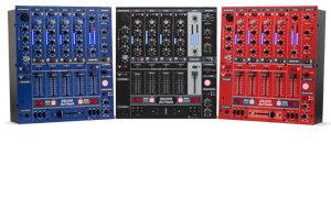Den DDM-3000 gibt es in drei Farben: Rot, Schwarz & Blau