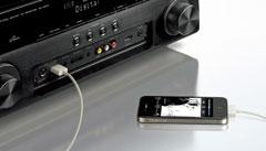 USB-Anschluss am Frontpanel für iPod und iPhone