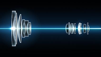 42-fach optischer Zoom von 24-1000 mm (analog KB)