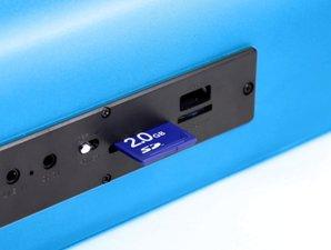 mit SD/micro SD Kartenslot und USB Slot