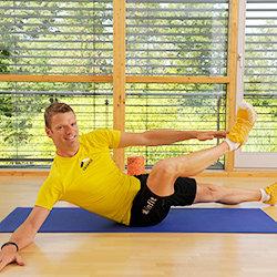 Das Kleinste Fitnessstudio der Welt PRO - mit der Blackroll Orange (Das Original) - DIE Selbstmassagerolle - Zusatzbild