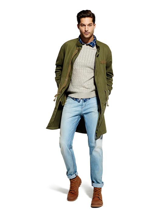 Negozio di Abbigliamento Uomo Griffato della Collezione Autunno - Inverno /19 o in saldo nel sito Outlet. Abbigliamento Firmato delle migliori grandi marche del lusso italiano ed internazionale? .