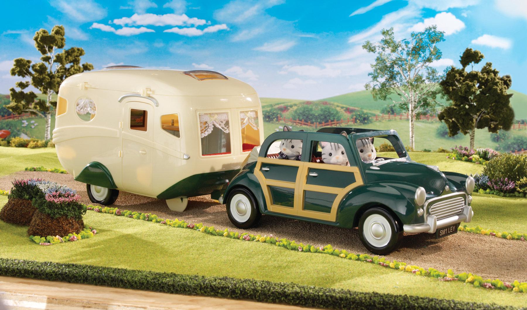 sylvanian families 2240 poup es et accessoires caravane jeux et jouets. Black Bedroom Furniture Sets. Home Design Ideas
