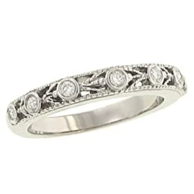 Antique Style Round Diamond Wedding Band