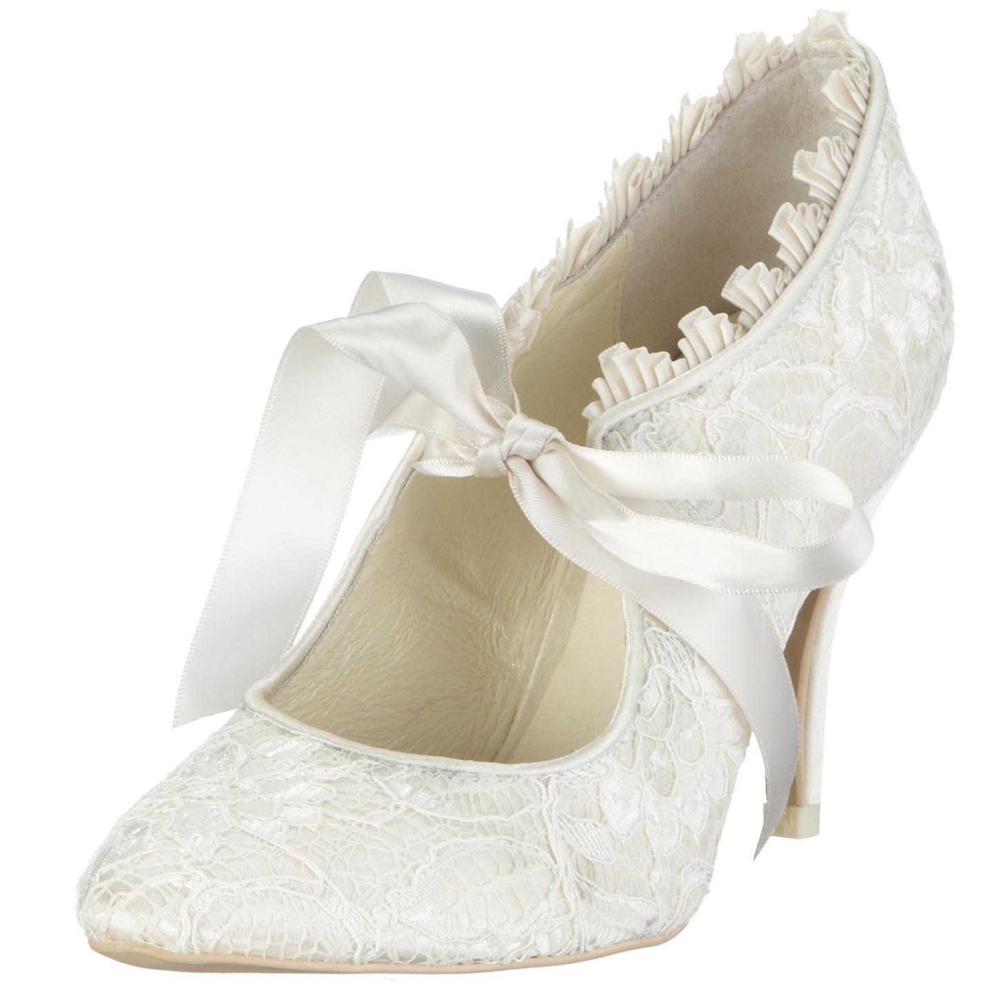 Perfect Retro Wedding Shoes